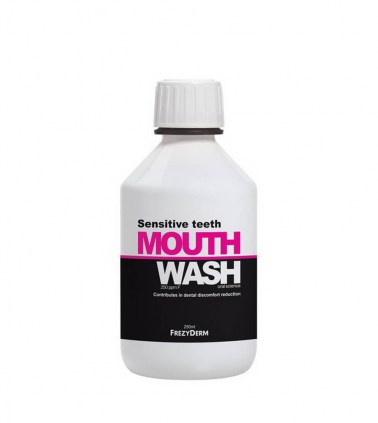 sensitive-teeth-mouthwash